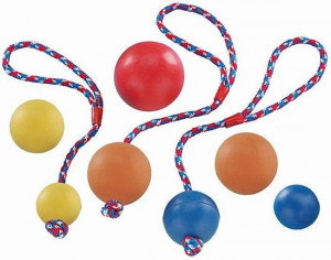 Nobby Rubber Ball rotaļlieta suņiem ar neilona virvi 7,5cm