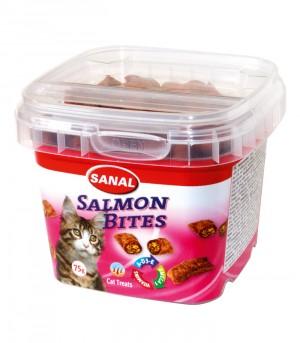 Sanal Salmon Bites gardumi kaķiem ar laša pastētes pildījumu 75g